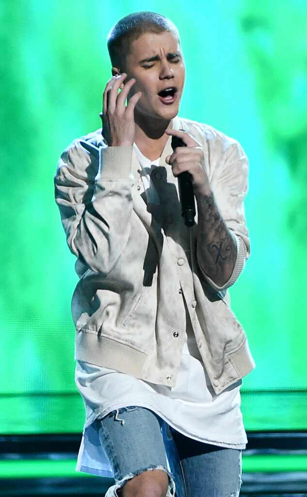 Justin Bieber, 2016 Billboard Music Awards, Show