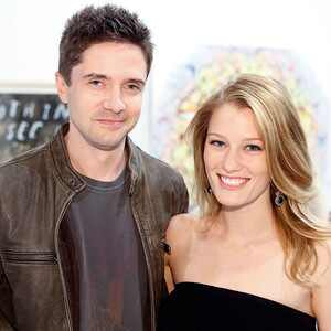 Topher Grace, Ashley Hinshaw