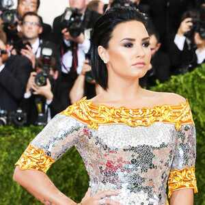 ESC: Met Gala 2016, Demi Lovato