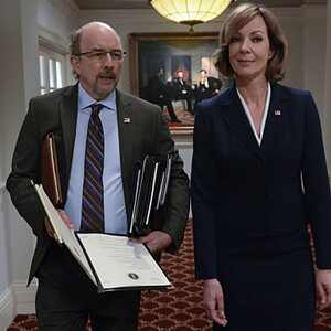 Allison Janney, Richard Schiff, Mom