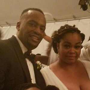 Jill Scott, Mike Dobson, Wedding