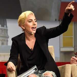 Lady Gaga, Dalai Lama