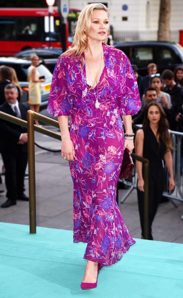 Famoso Kate Moss Diseñador Vestido De Novia Ideas Ornamento ...