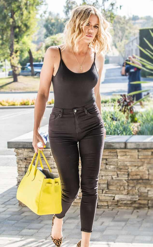 ef9cd1badd0 rs_634x1024-160714165440-634.Khloe-Kardashian-Waist-Trainer-Body-Shape.jl.071416.jpg