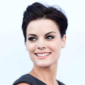 ESC: Beauty Beat, Jaimie Alexander