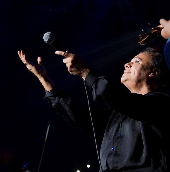Así será el majestuoso homenaje que recibirá Juan Gabriel en los Latin American Music Awards