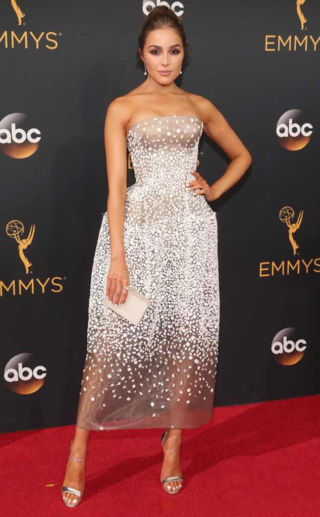 2016 Emmys Red Carpet Arrivals Olivia Culpo, 2016 Emmy Awards, Arrivals