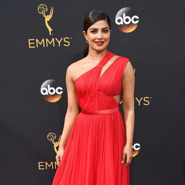 Priyanka Chopra, 2016 Emmy Awards, Arrivals