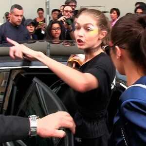 """Gigi Hadid escribe para Lena Dunham sobre el ataque que recibió en Milán: """"Tengo una luchadora en mí"""""""
