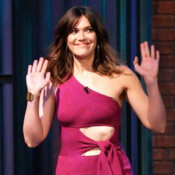 Mandy Moore, Late Night with Seth Meyers