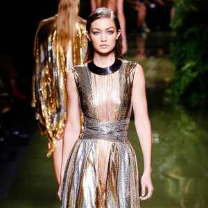 ESC: Best Looks, Paris Fashion Week, Balmain, Gigi Hadid