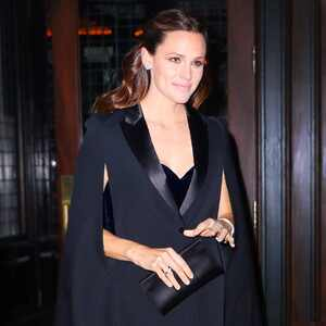 ESC: Dare to Wear, Jennifer Garner
