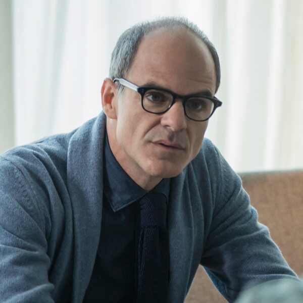Black Mirror, Michael Kelly