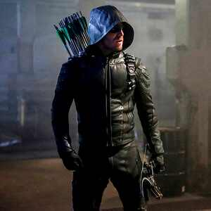 Arrow season 5 premiere
