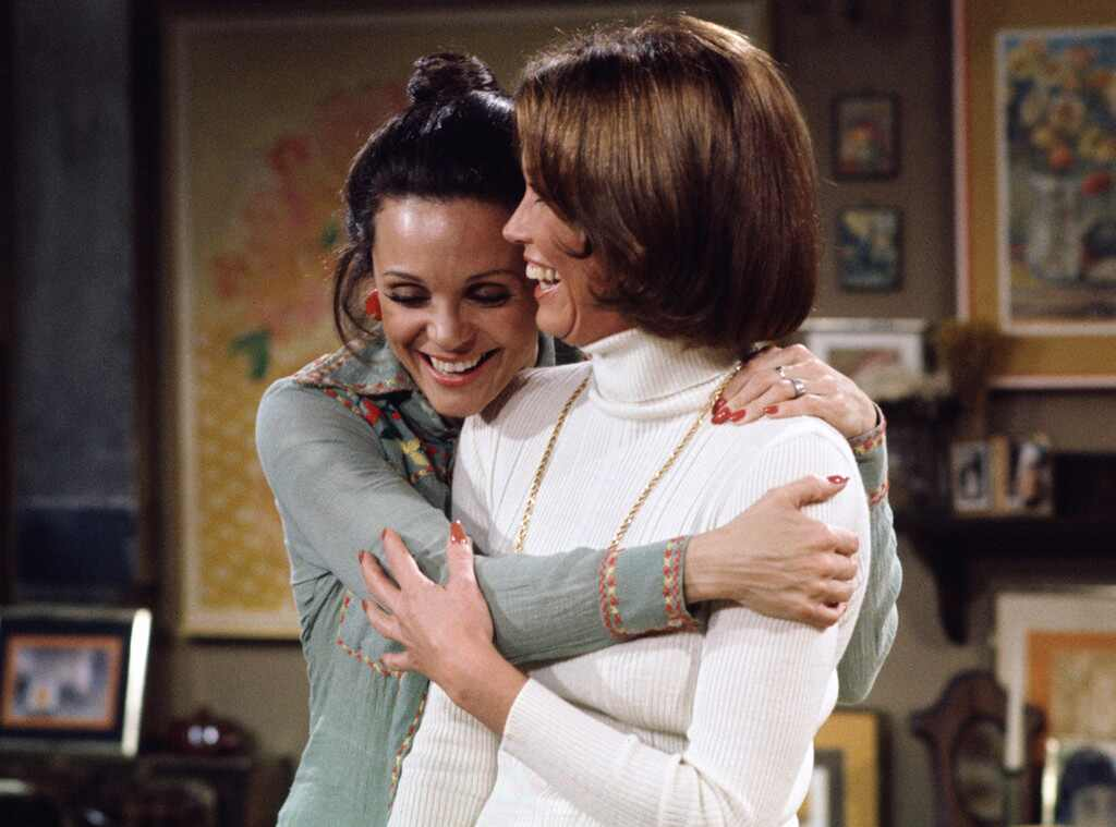Mary tyler moore dead at 80 actress played the iconic independent career woman on her classic - Mary tyler moore show ...