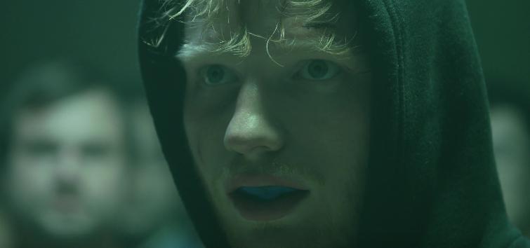 Alerta hot: Ed Sheeran se quitó la camisa y se puso muy sexy para su nuevo video (+ Video)