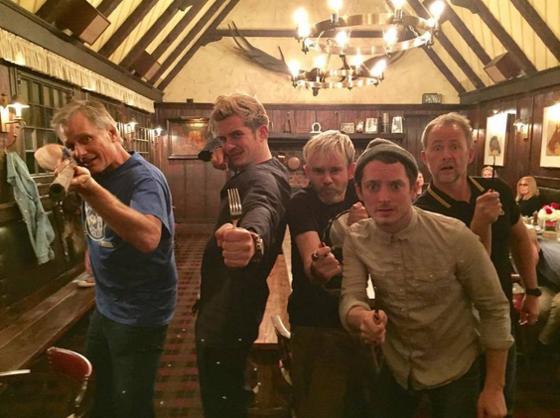 Orlando Bloom, Elijah Wood, Billy Boyd, Virgo Mortensen, Dominic Monaghan
