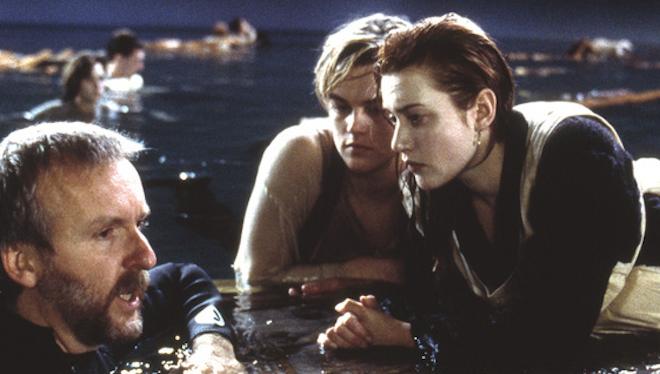 A casi 20 años del estreno de Titanic: ¡James Cameron aclara si Jack cabía o no en la tabla con Rose!