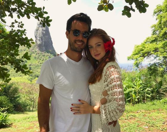 Marina Ruy Barbosa celebra um ano de romance com Xandinho Negrão