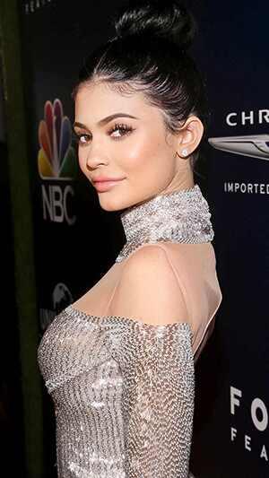 Kylie Jenner organizó una fabulosa cena de Acción de Gracias para Rob Kardashian, Kris Jenner y más