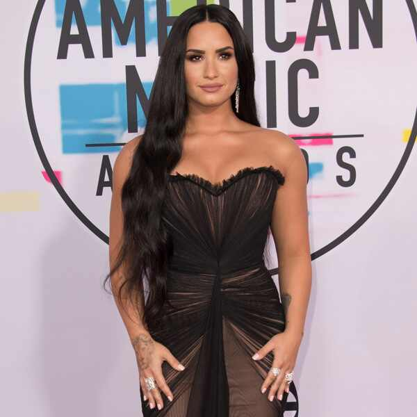 Demi Lovato, America Music Awards, 2017