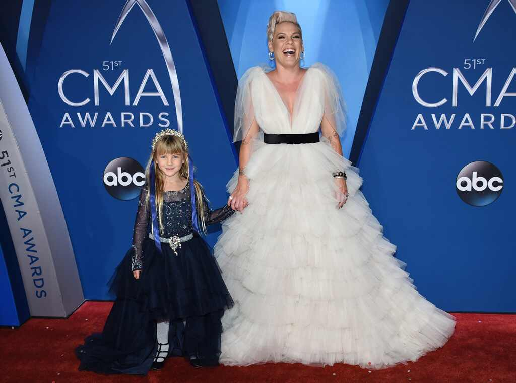 Pink & Willow: Country Princesses At CMAs