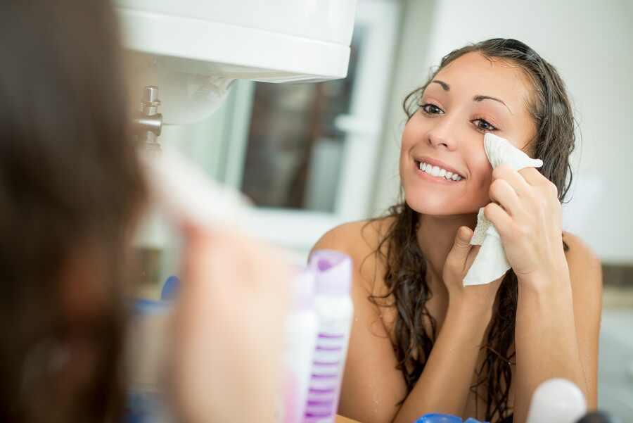 Toallitas desmaquillantes: ¿Maravillosas o terribles para tu piel?