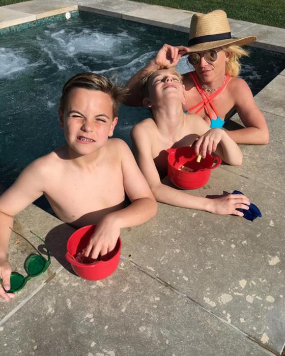 Britney Spears quer mudar testamento para filhos receberem sua fortuna apenas aos 35 anos