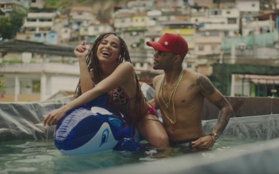 Música Vai Malandra, de Anitta, ganha remix do DJ Alesso