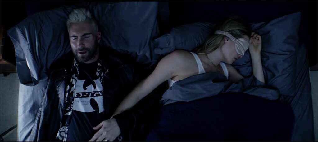 Adam Levine, Behati Prinsloo, Cold Music Video