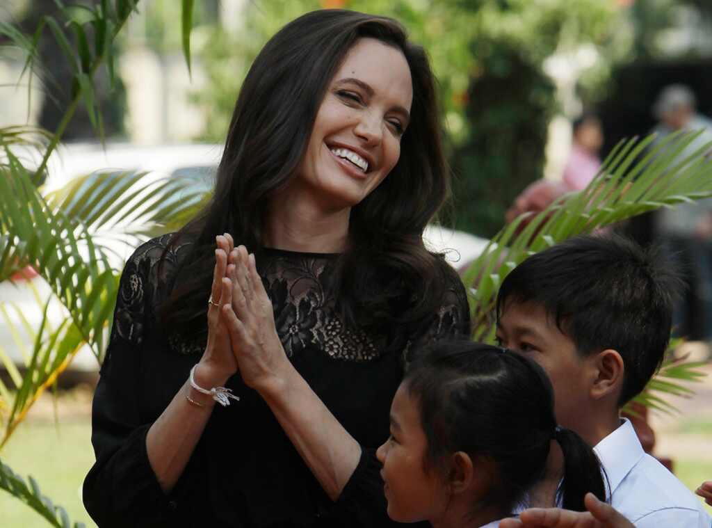 Angelina Jolie estrenó nuevo rol, el de profesora