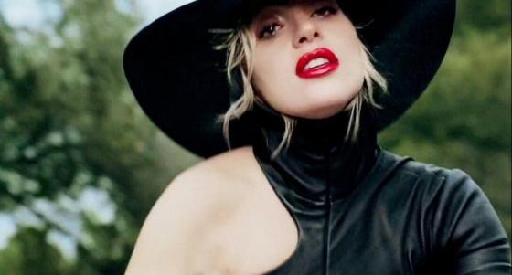 Lady Gaga vuelve a ser la misma de siempre en el videoclip de <em>John Wayne</em> y el mundo entero enloquece (Fotos + Videos)