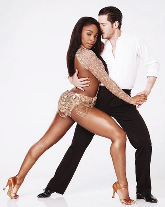 Normani Kordei fica em terceiro lugar no programa Dancing With The Stars