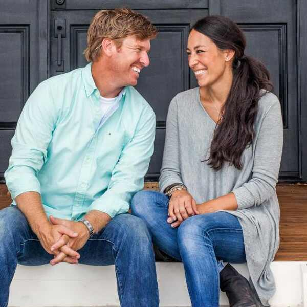 ESC: Joanna Gaines, Chip Gaines, Fixer Upper, HGTV