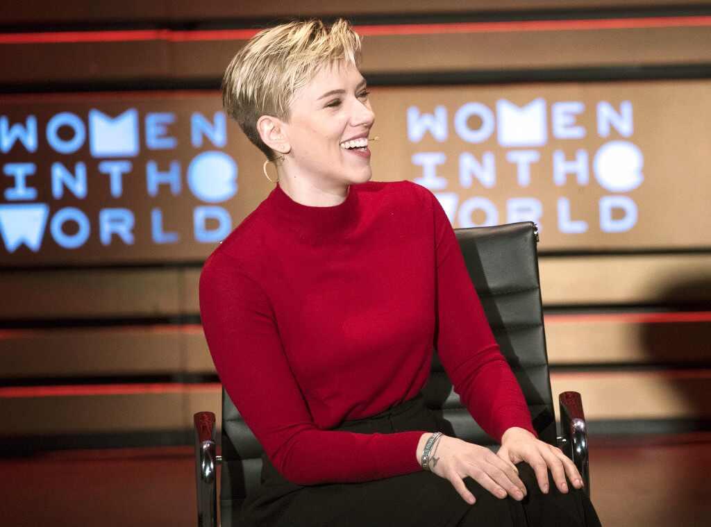 La inusual invitación de Scarlett Johansson a la abuela que era idéntica a ella