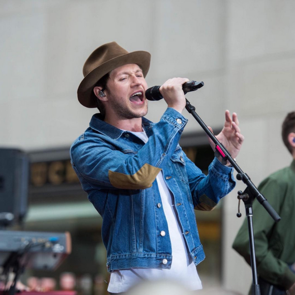 Niall Horan apresenta On the Loose e Slow Hands ao vivo no Today Show