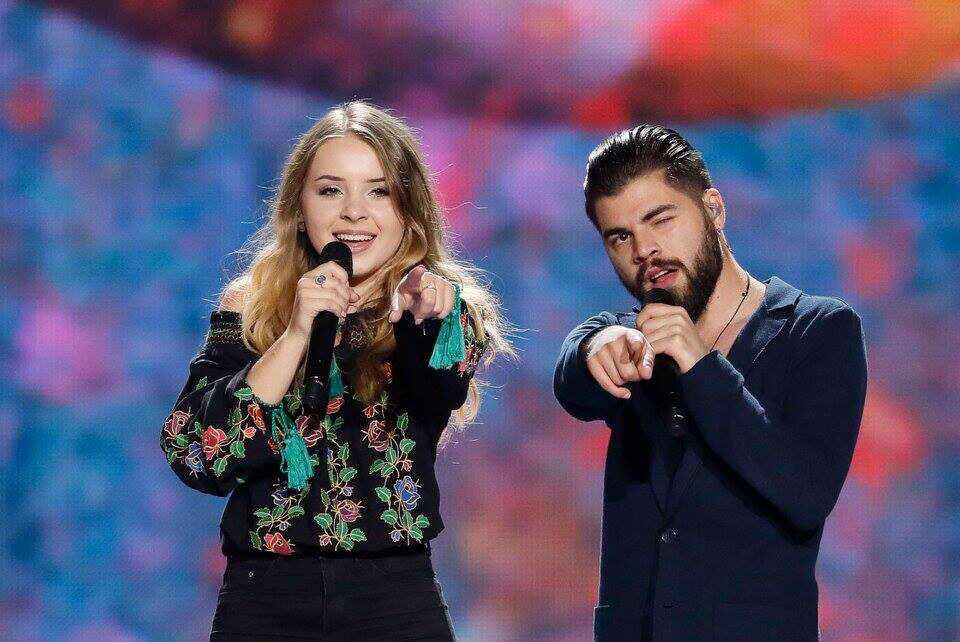 Joven de Portugal gana Eurovisión