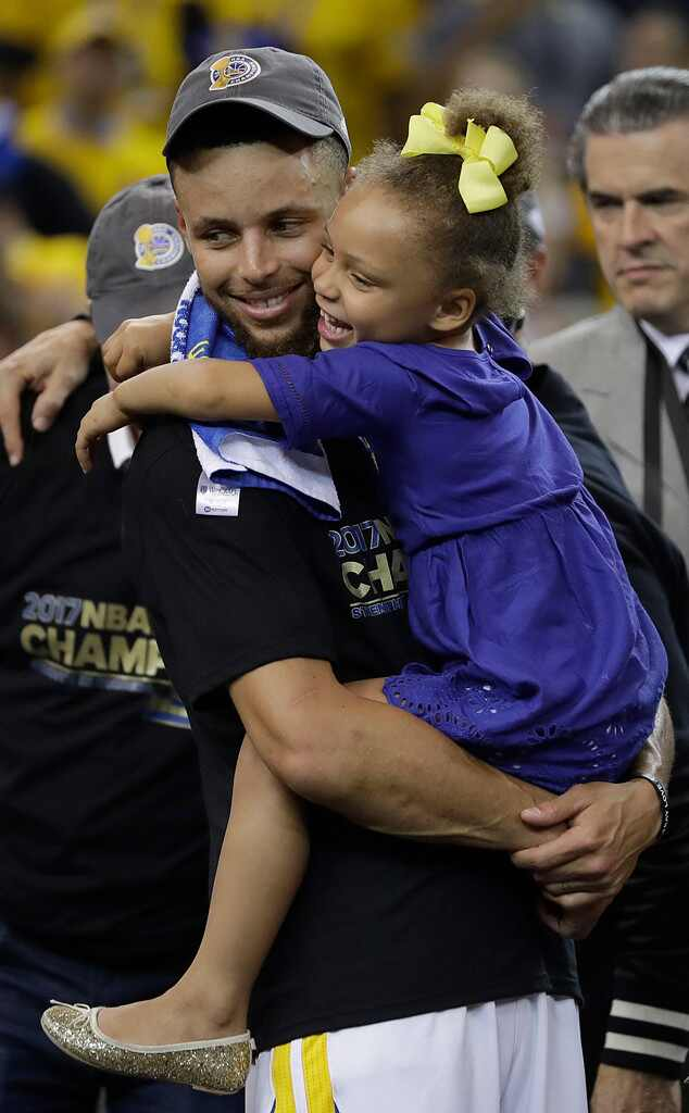 Riley curry celebrates her 5th birthday with a unicorn for Does steph curry have tattoos