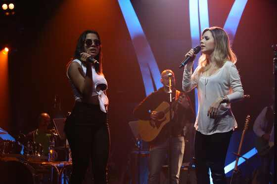 Anitta, Sandy, Musica Boa Ao Vivo