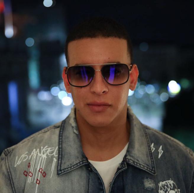 Conoce a la sexy hija de Daddy Yankee que muchos confunden con su novia
