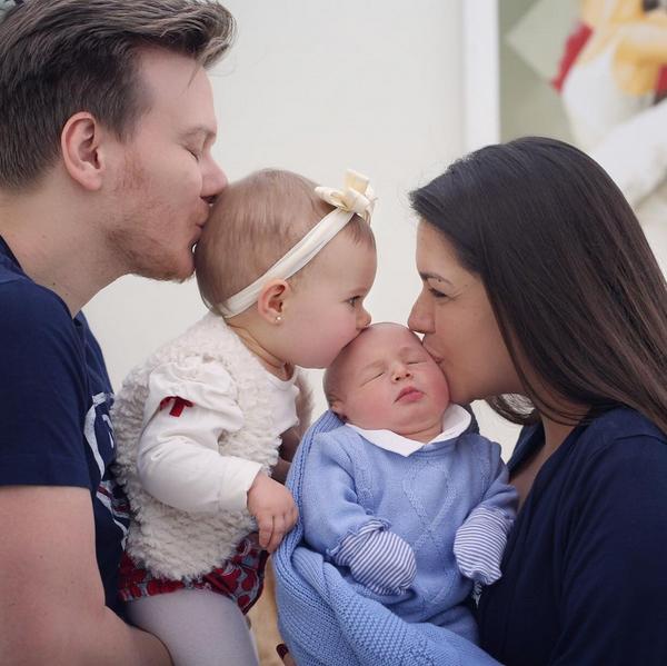 Thais Fersoza mostra momento cheio de amor com filhos e Michel Teló