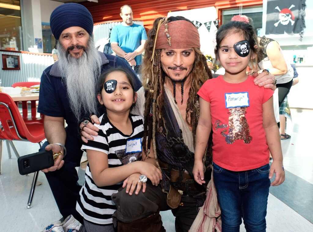 Johnny Depp vuelve a darle vida a Jack Sparrow