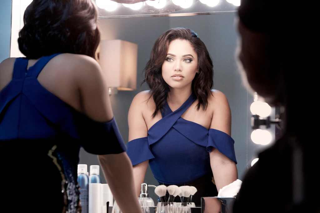 Ayesha Curry Is The Newest Face Of Covergirl E News