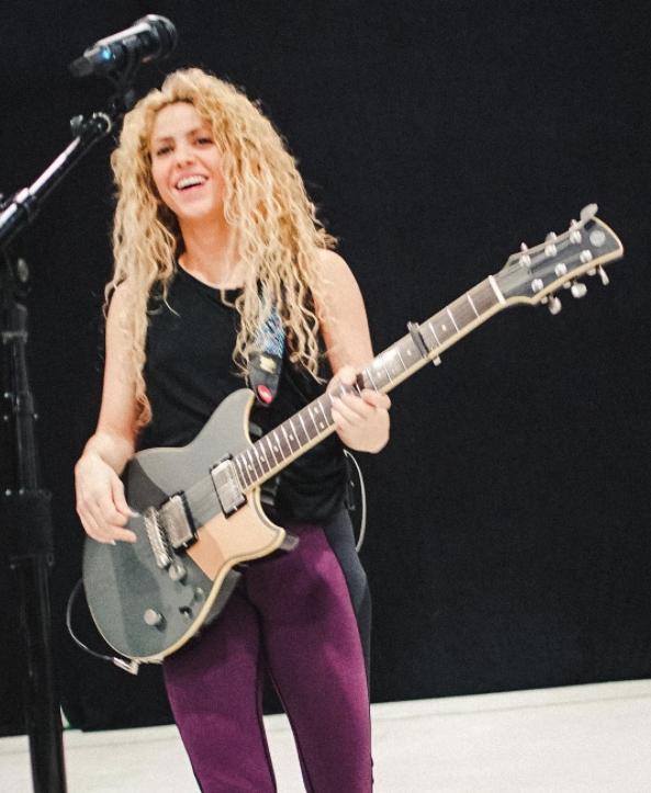 Un detalle en este video de Shakira revela el gran sacrificio que está haciendo la artista