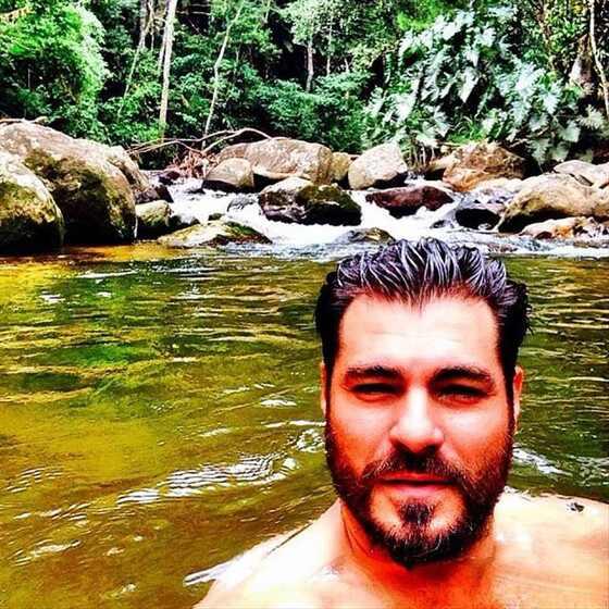 Thiago Lacerda, Instagram