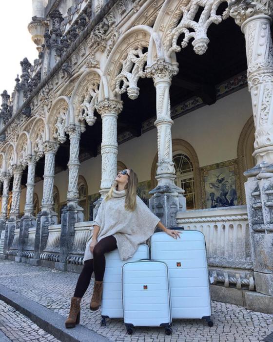 Carla Diaz, Instagram