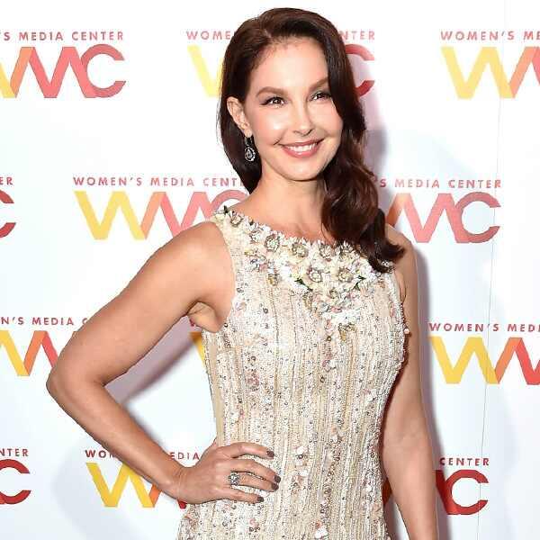 Ysa Makino Wedding Dress 36 Amazing Ashley Judd Women us