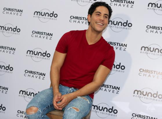 Pedro Damián confirma Christian Chavéz em nova versão de RBD