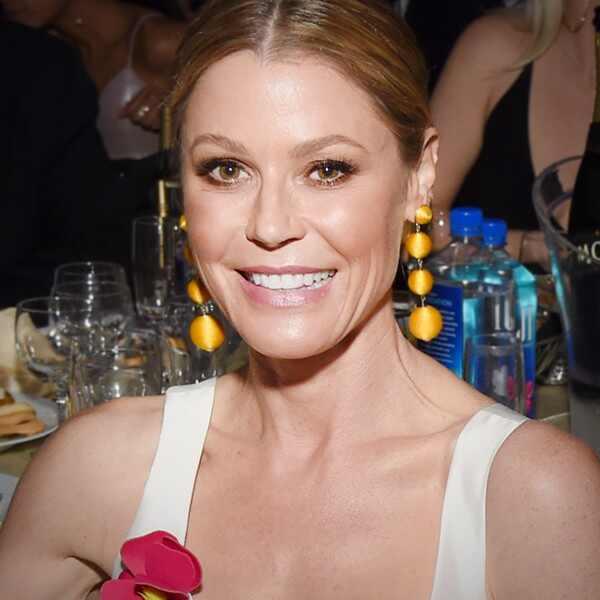 ESC: Julie Bowen