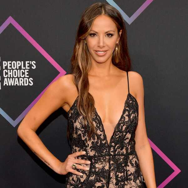 Kristen Doute, 2018 Peoples Choice Awards, PCAs, Red Carpet Fashions